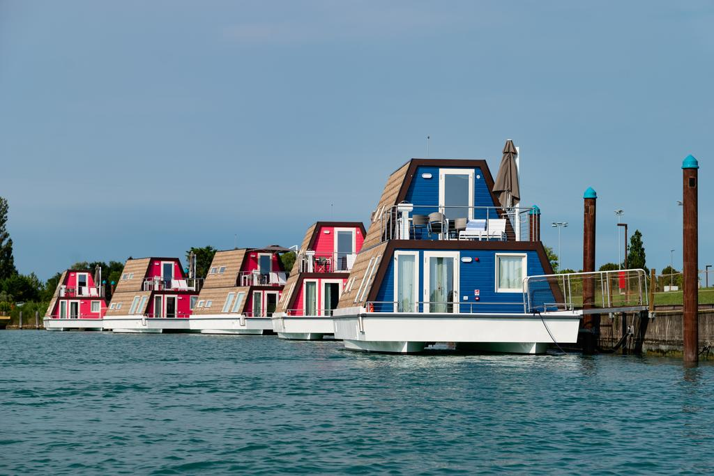 Houseboat Veneto